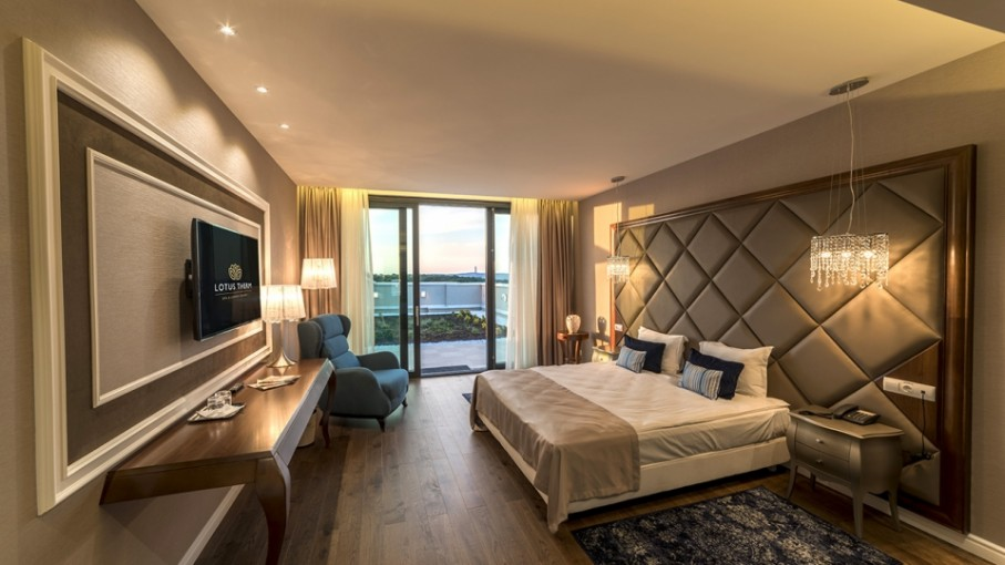 Mobilier HORECA - amenajare dormitoare în apartament hotel