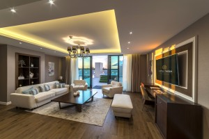 Mobilier HORECA – amenajare sufragerie în apartament hotel