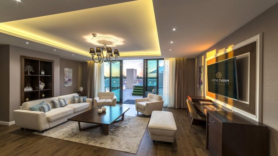 Mobilier HORECA - amenajare sufragerie în apartament hotel